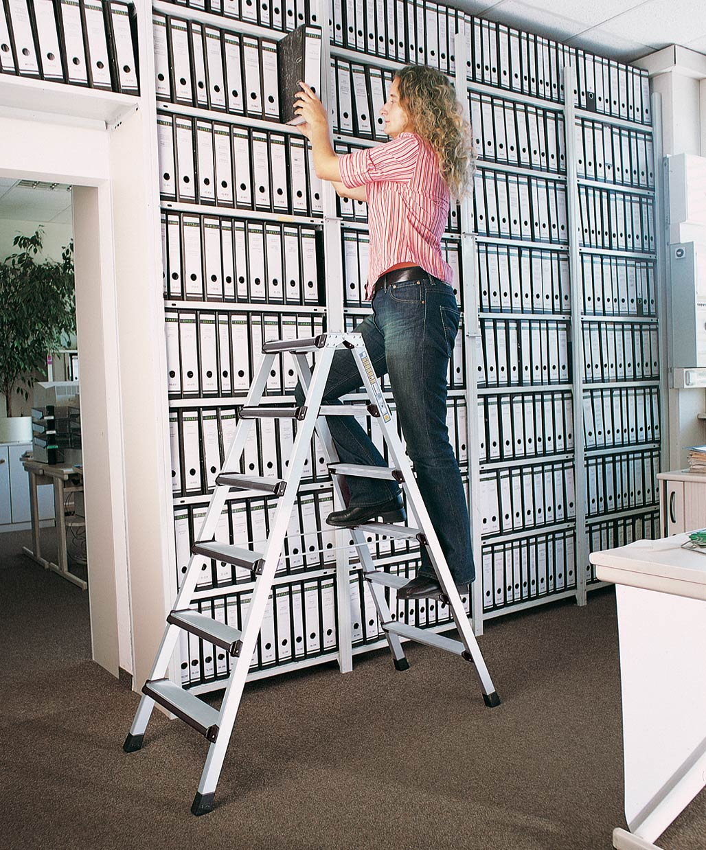 ZARGES Stufen Stehleiter Comfortstep B - 2x6 Stufen