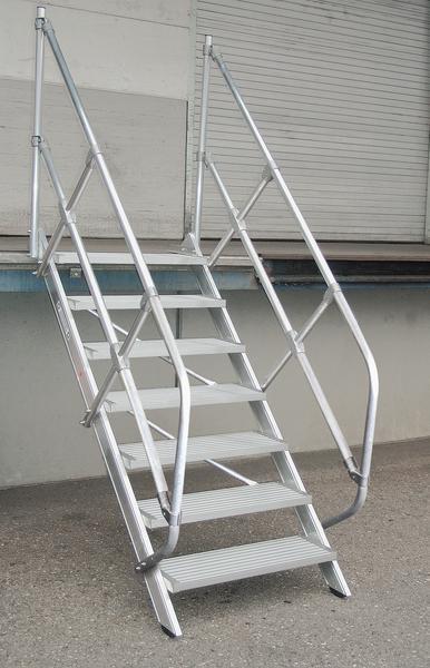 Günzburger Treppe 45° - 600 mm breit