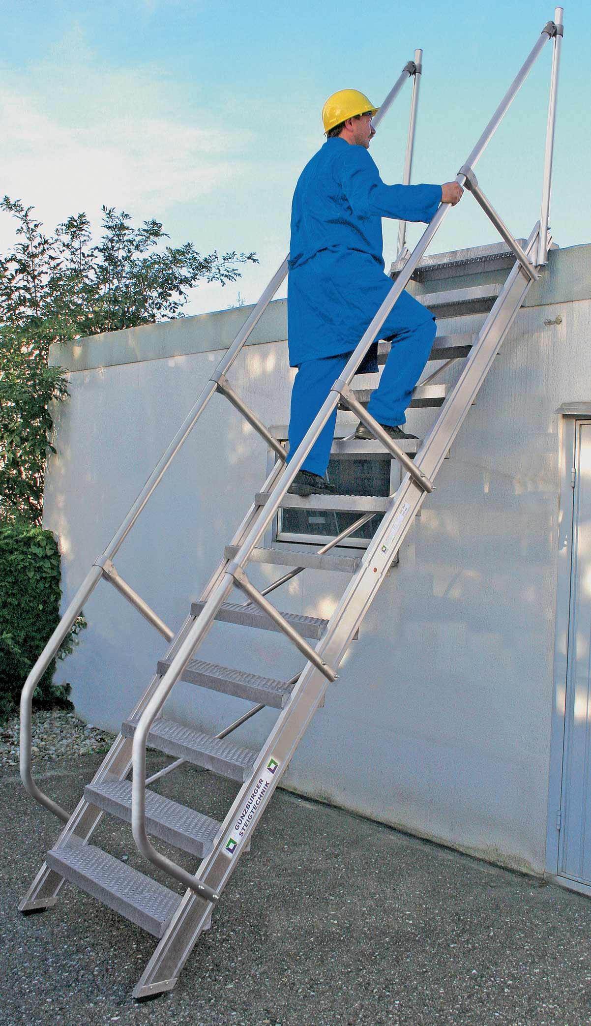 Günzburger Treppe 60° 12 Stufen - 800 mm breit Alutreppe mit Stufenbreite 800 mm (GB-300232) Bild-01