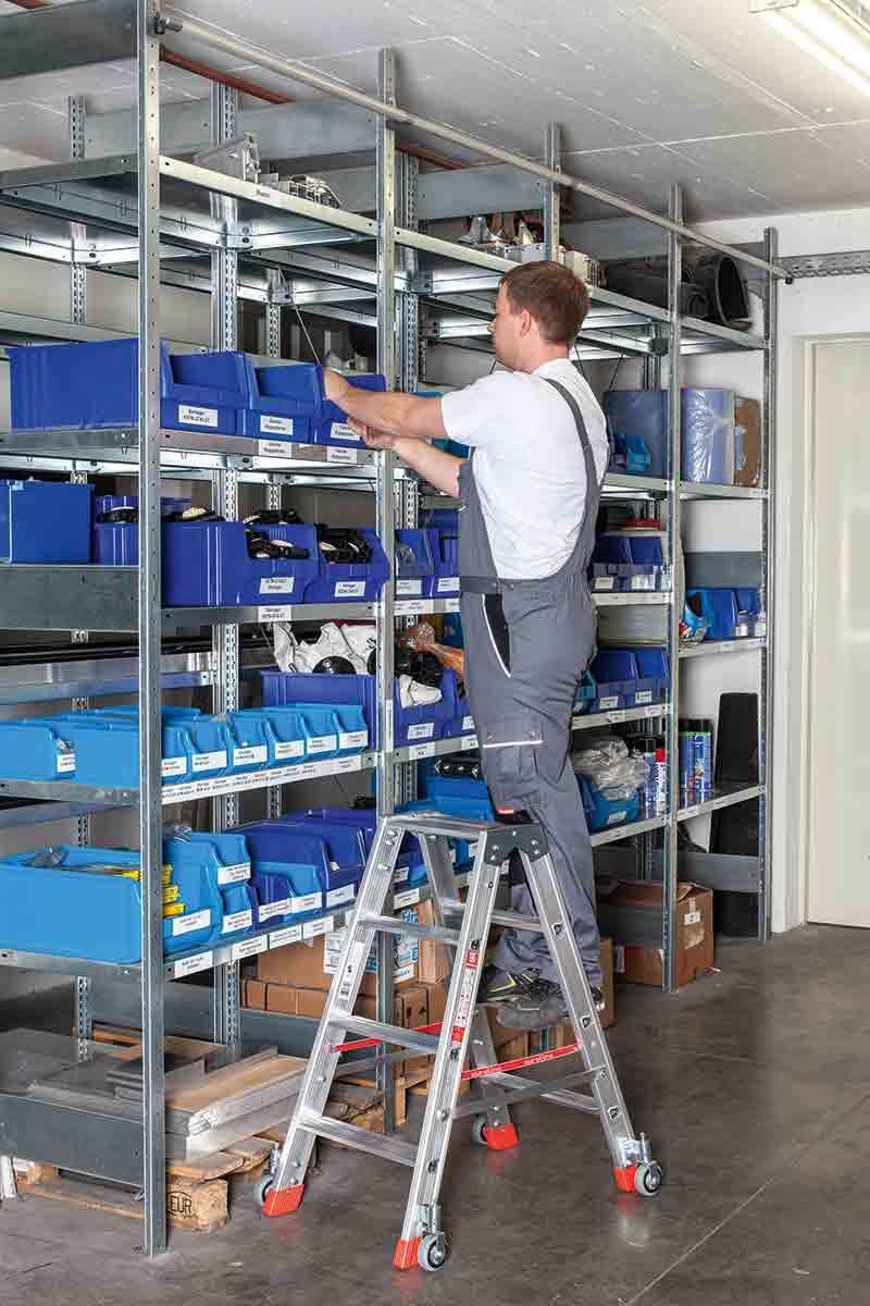 euroline Stehleiter PREMIUM Alu mit Rollen Stufen beidseitig begehbar